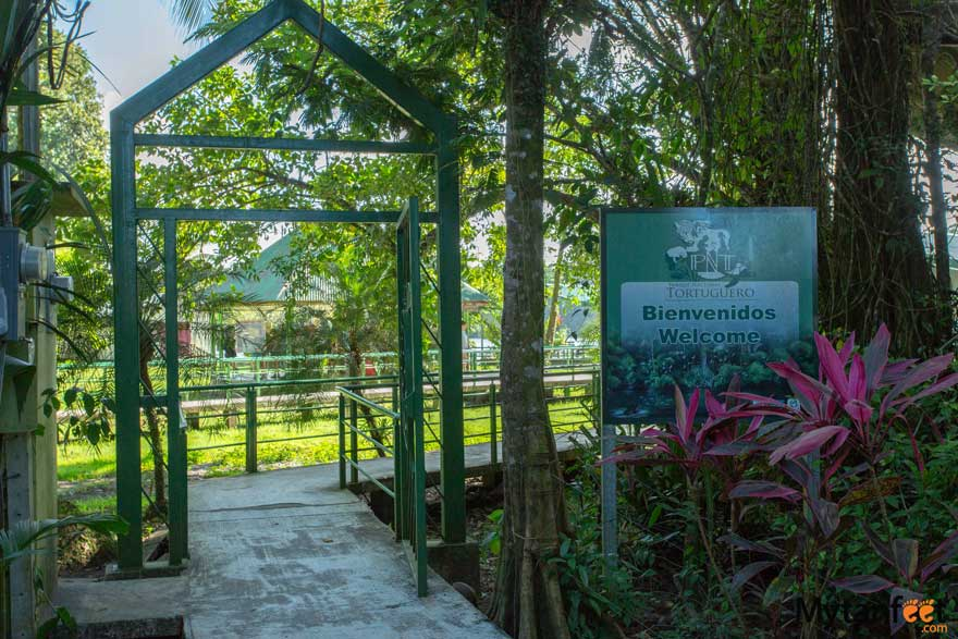 How to get to Tortuguero - Tortuguero National Park entrance