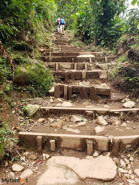 Tenorio volcano National park trail