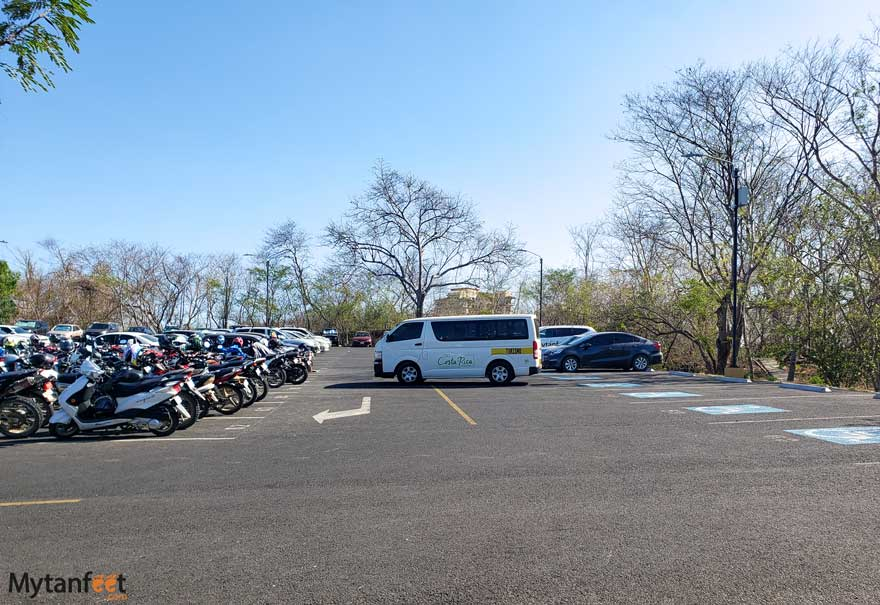 Conchal Brasilito parking lot