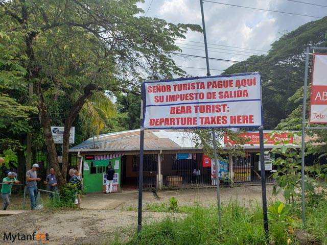 Crossing the Nicaragua and Costa Rican border - the Costa Rica exit tax office
