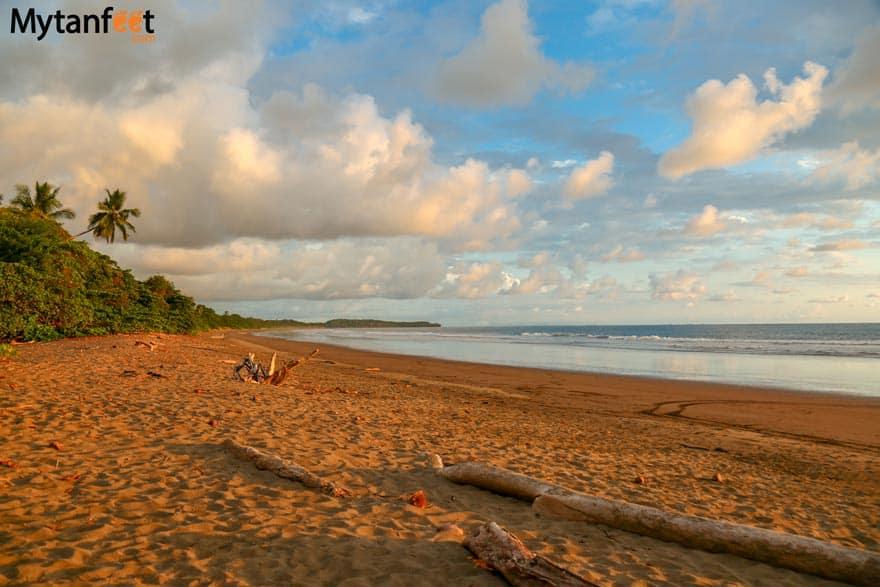 Playa Hermosa Uvita beach