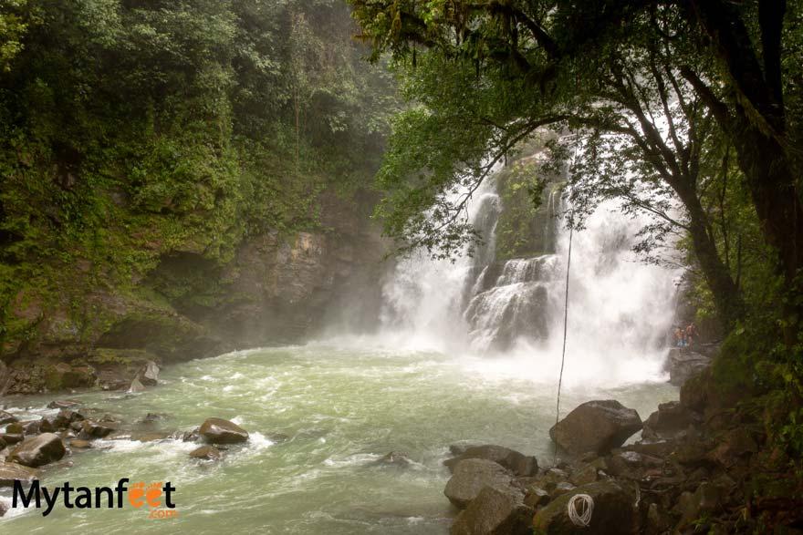 nauyaca waterfalls in August
