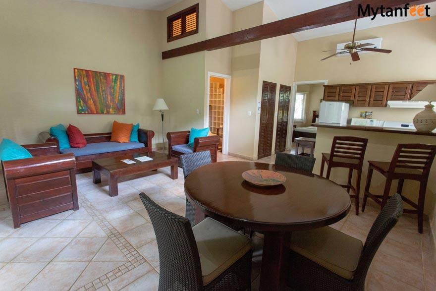 Bahia del Sol suite living room