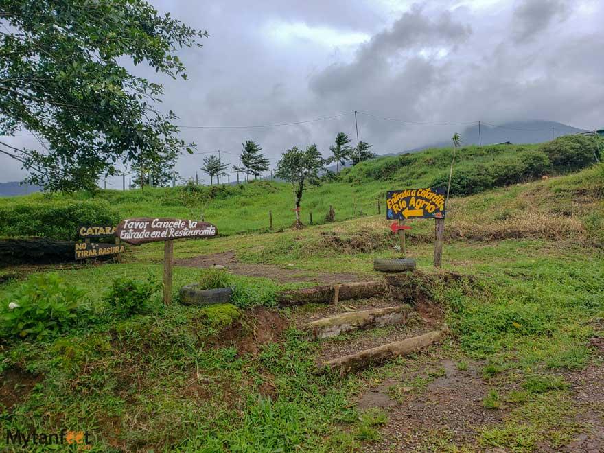Catarata Rio Agrio entrance
