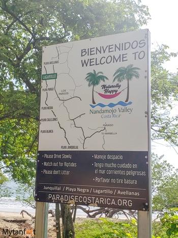 Playa Lagartillo sign