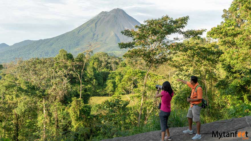 dos and donts of costa rica - take a guided walk