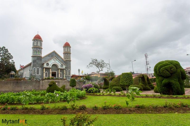 Things to do in Costa Rica - Zarcero topiary gardens