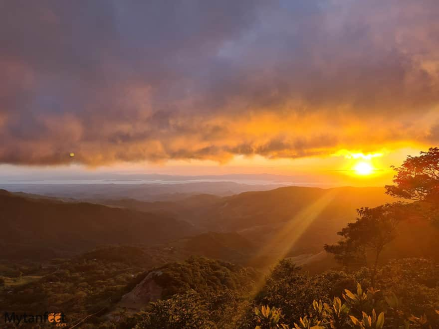 Free places in Monteverde sunset view san luis
