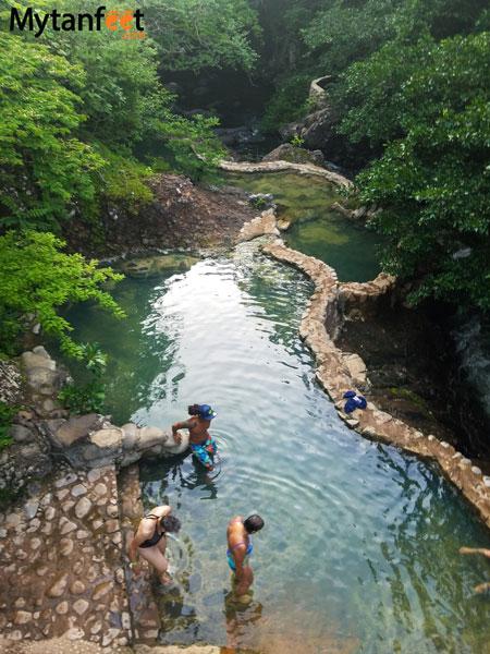 Hacienda Guachipelin hot springs