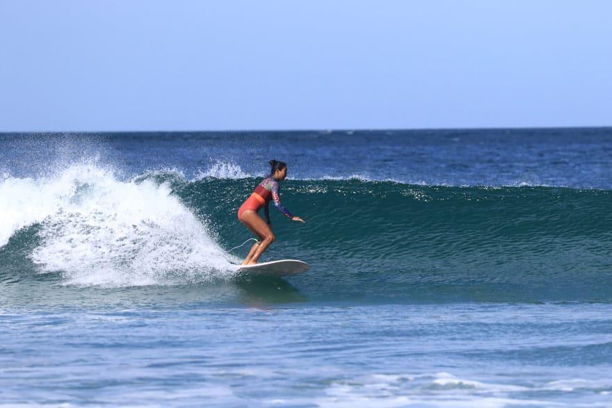 Avellanas surfing